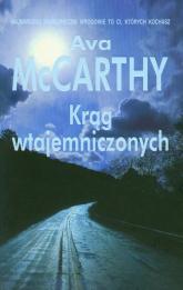 Krąg wtajemniczonych - Ava McCarthy | mała okładka