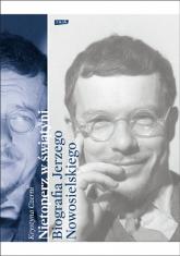 Nietoperz w świątyni. Biografia Jerzego Nowosielskiego - Krystyna Czerni  | mała okładka