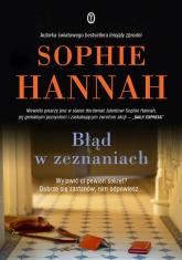 Błąd w zeznaniach - Sophie Hannah | mała okładka