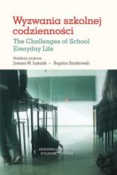 Wyzwania szkolnej codzienności - praca zbiorowa | mała okładka