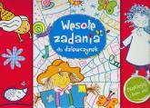 Wesołe zadania dla dziewczynek Naklejaj i baw się - Anna Wiśniewska   mała okładka